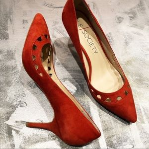 Sole Society Red Suede Heel Scalloped pump 9.5